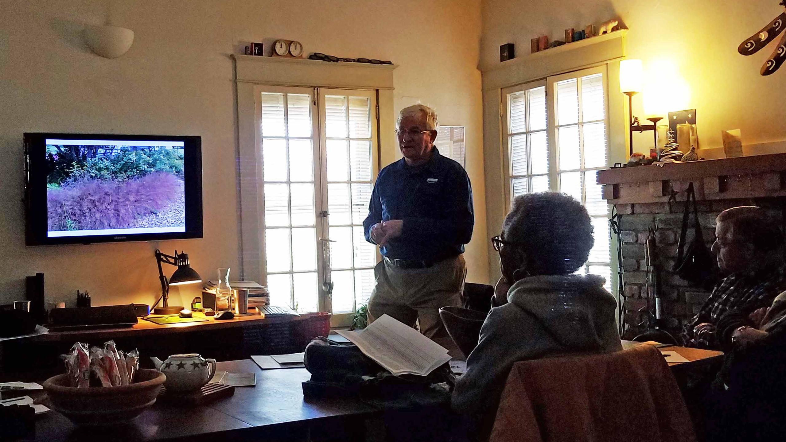 RW-Plant Workshop Chris Garrine Lovegrass
