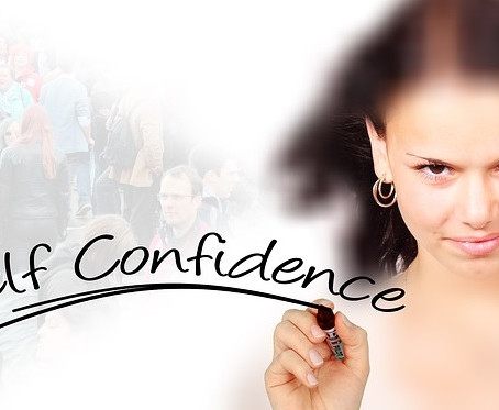 Self Confidence -10 Things Confident Women Do