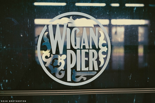 Wigan Pier 17-09-19-149.jpg
