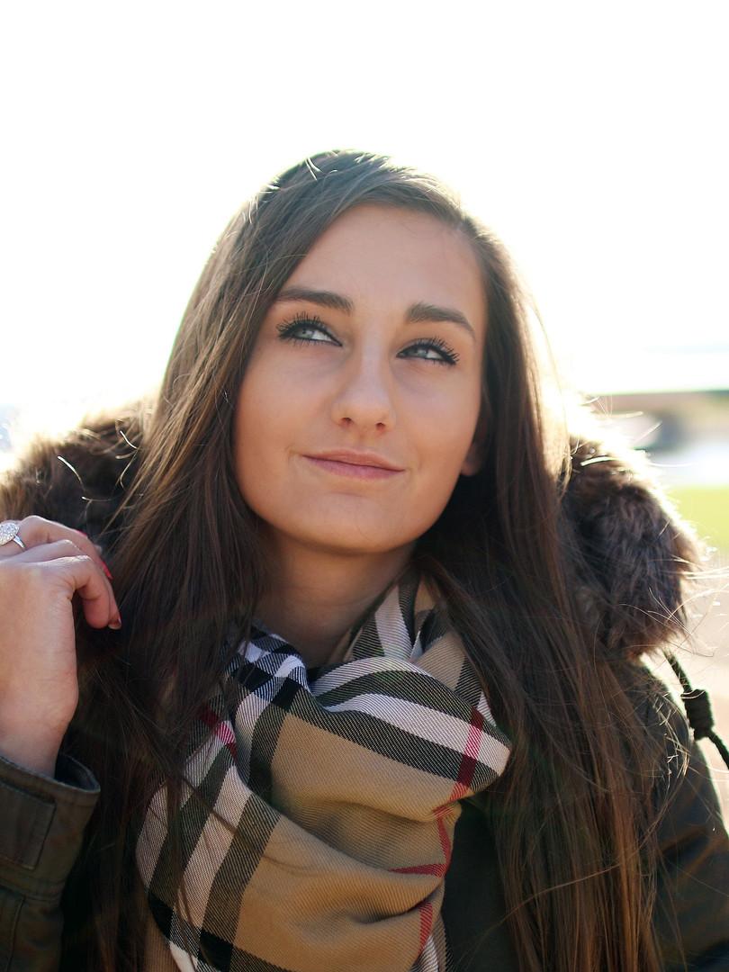 adolescent-adult-beautiful-442582.jpg
