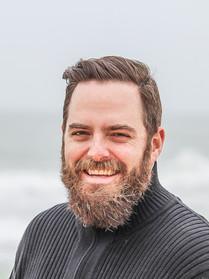 adult-beach-beard-736716.jpg