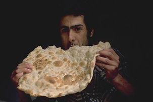 על הלחם לבדו, תערוכת צילום של ורדה פולק סאם