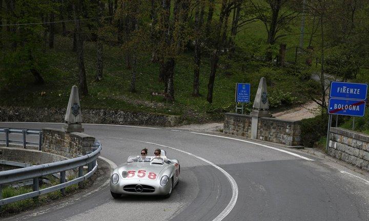 Tuscany in Fangio's 300 SLR