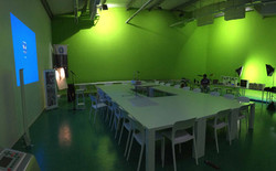 Green Room Slider Photo 2