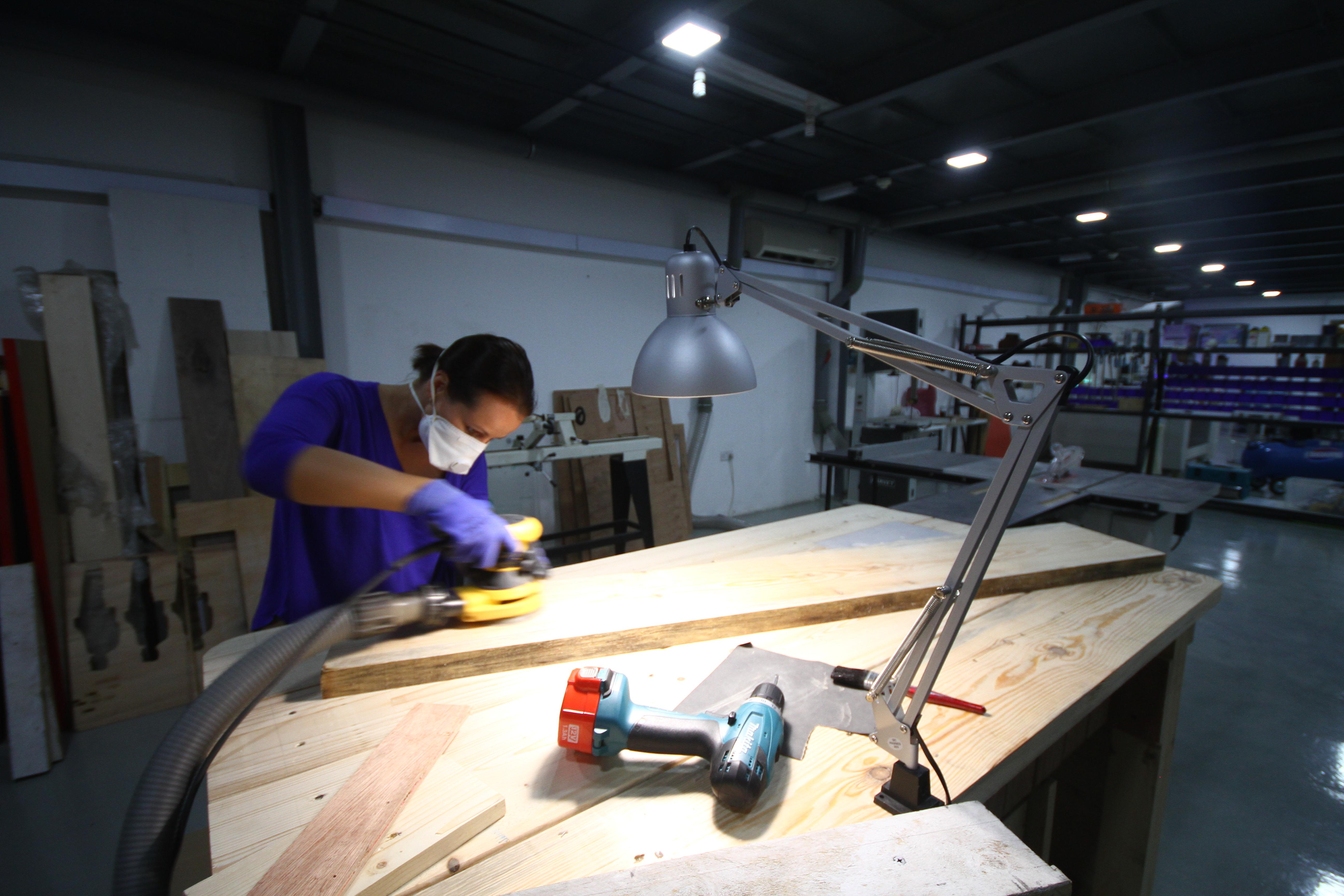 Wood Shop Slider Photo 2