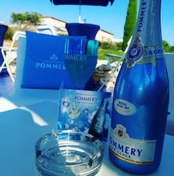 Champagne Pommery Royal Blue Sky