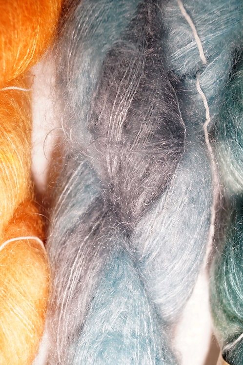 Une Maille à la Fois - Kid fluffy bleu gris