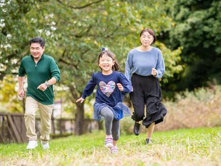 子どもと家族の写真(東京都立川市)