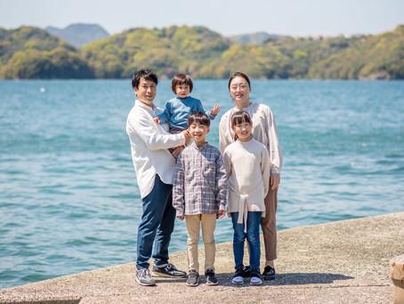 子どもと家族の写真(長崎県長与町)
