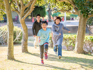 子どもと家族の写真(千葉県船橋市)