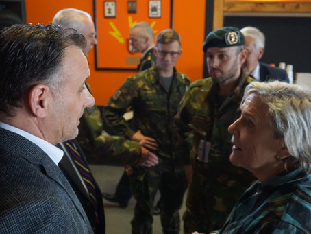 Gesprek met minister van Defensie