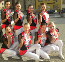2012_fitness team burlesque