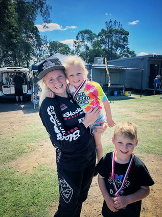 Some lucky kids hanging out with BLACKMANS factory womens pro rider Gemma-lee Thomas