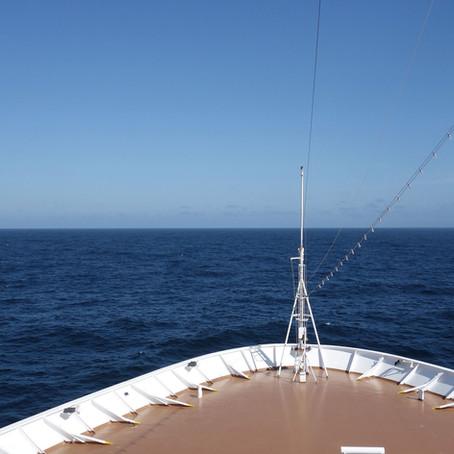 TravelAnne Video:                    Where Two Oceans Meet!