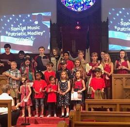 kids sing memorial 1.jpg
