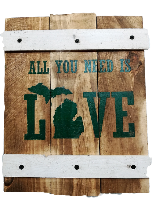 All you need is Love Green