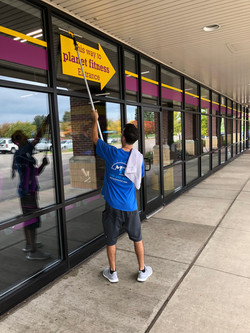 Planet Fitness Window Washing
