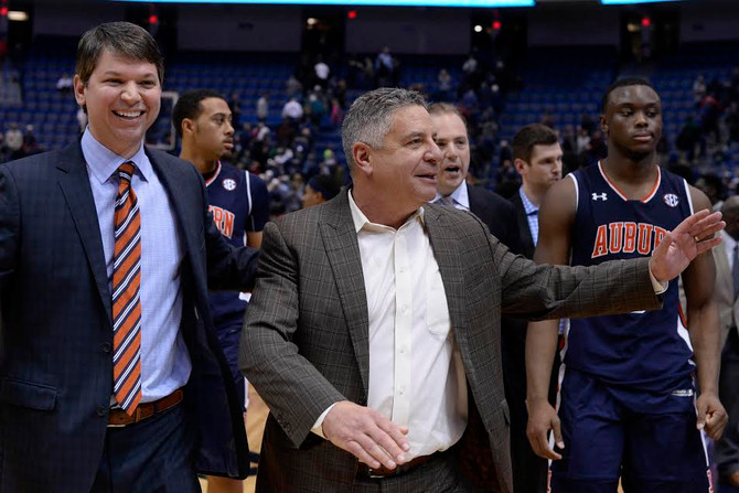 Auburn Downs LSU, Guarantees Winning Record