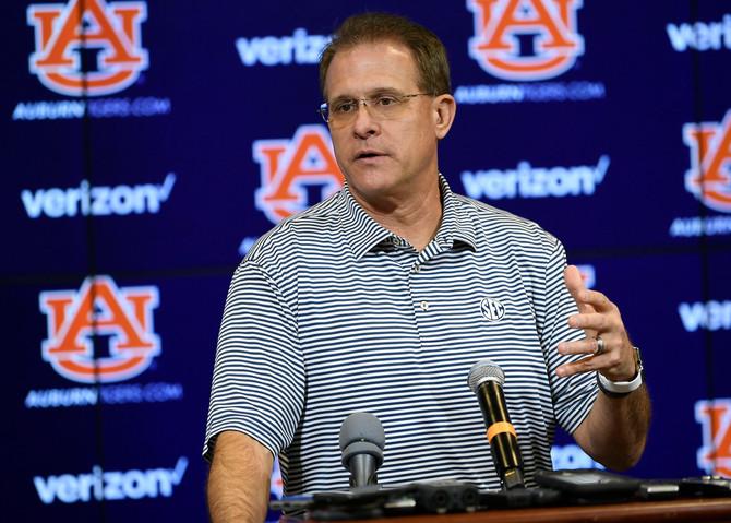 Auburn Football Previews Tennessee