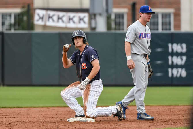 Tigers Welcome Razorbacks to Plainsman Park for Top-15 Series