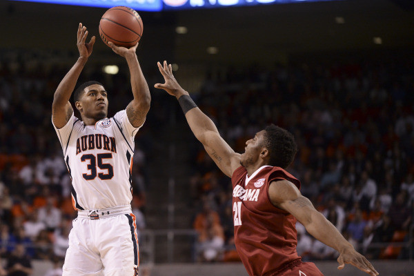 Auburn Steps Out of Conference to face TCU Saturday