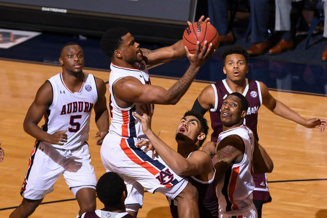 Texas A&M hands Auburn first home loss