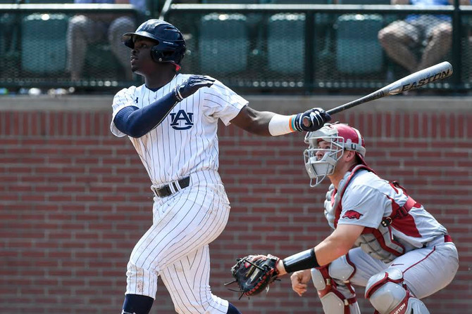Auburn falls to Arkansas, Rubber Match Sunday