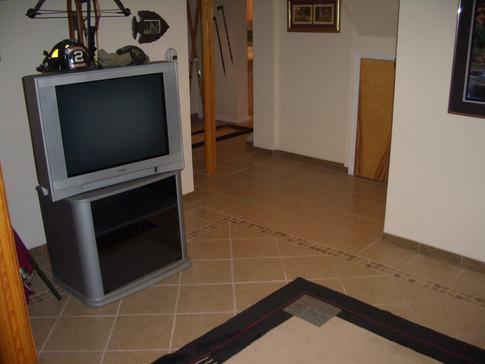 Game Room Floor 009.JPG