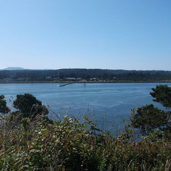 Love this view by the yaquina bay lighth