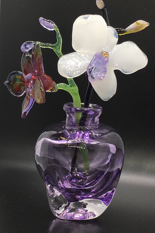 Annukka Ritalahti - Glass Vase with Flowers