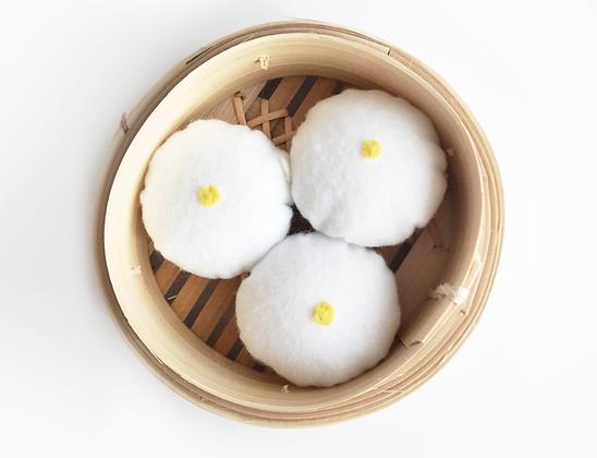 Steamed Bao (Lian Rong)