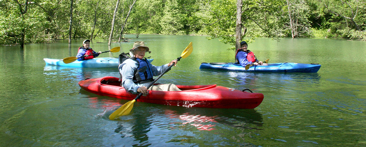 attractions-kayaking.jpg