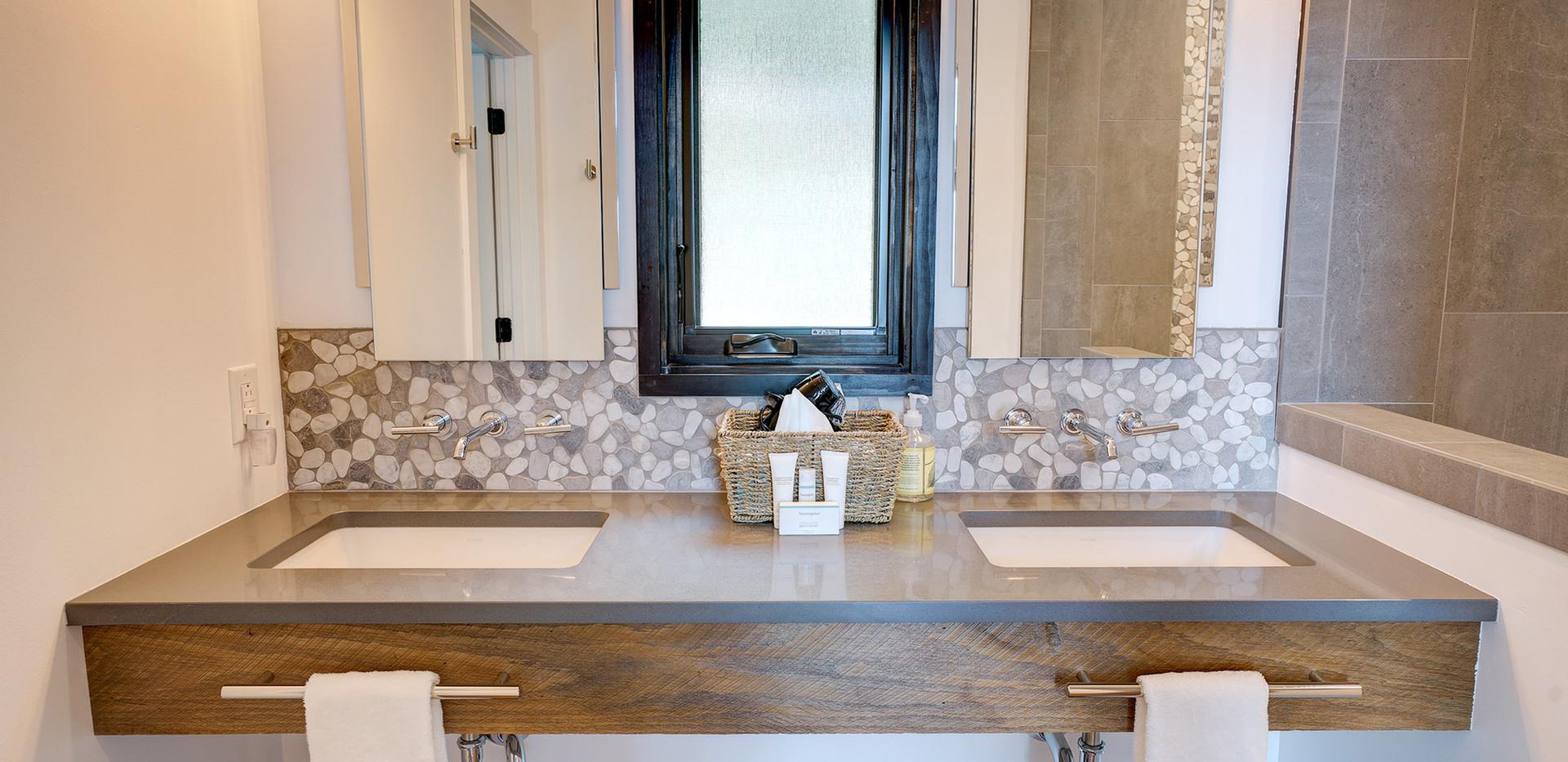 Sunset Falls - master bath vanity