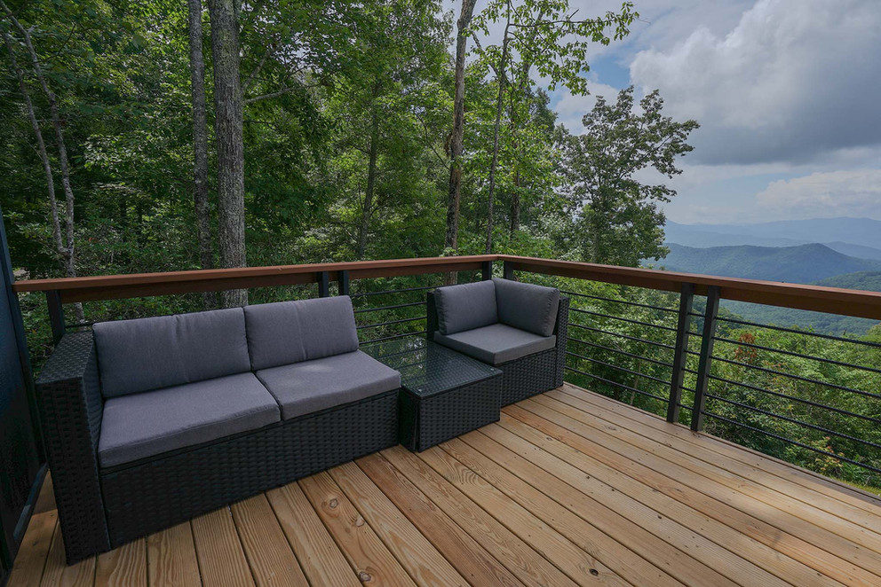 Sunset Falls - master bedroom deck.jpg