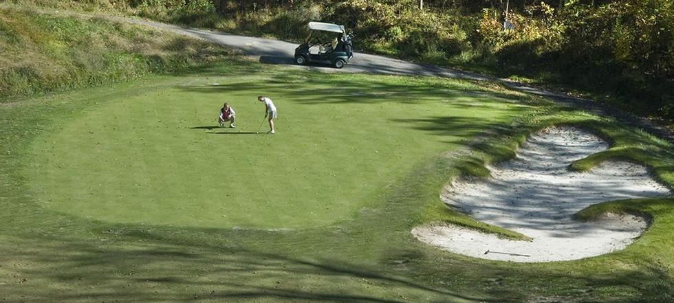 attractions-golf.JPG