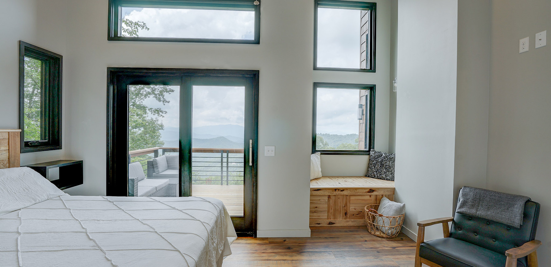 Sunset Falls - king master bedroom