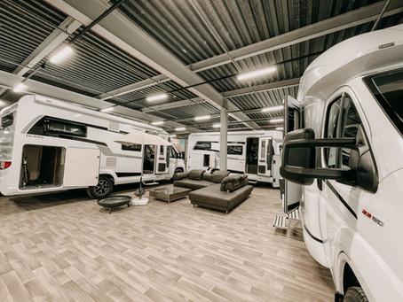 Wohnmobilausstellung auf drei Etagen
