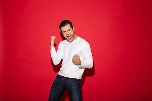 happy-screaming-man-sweater-rejoice-look