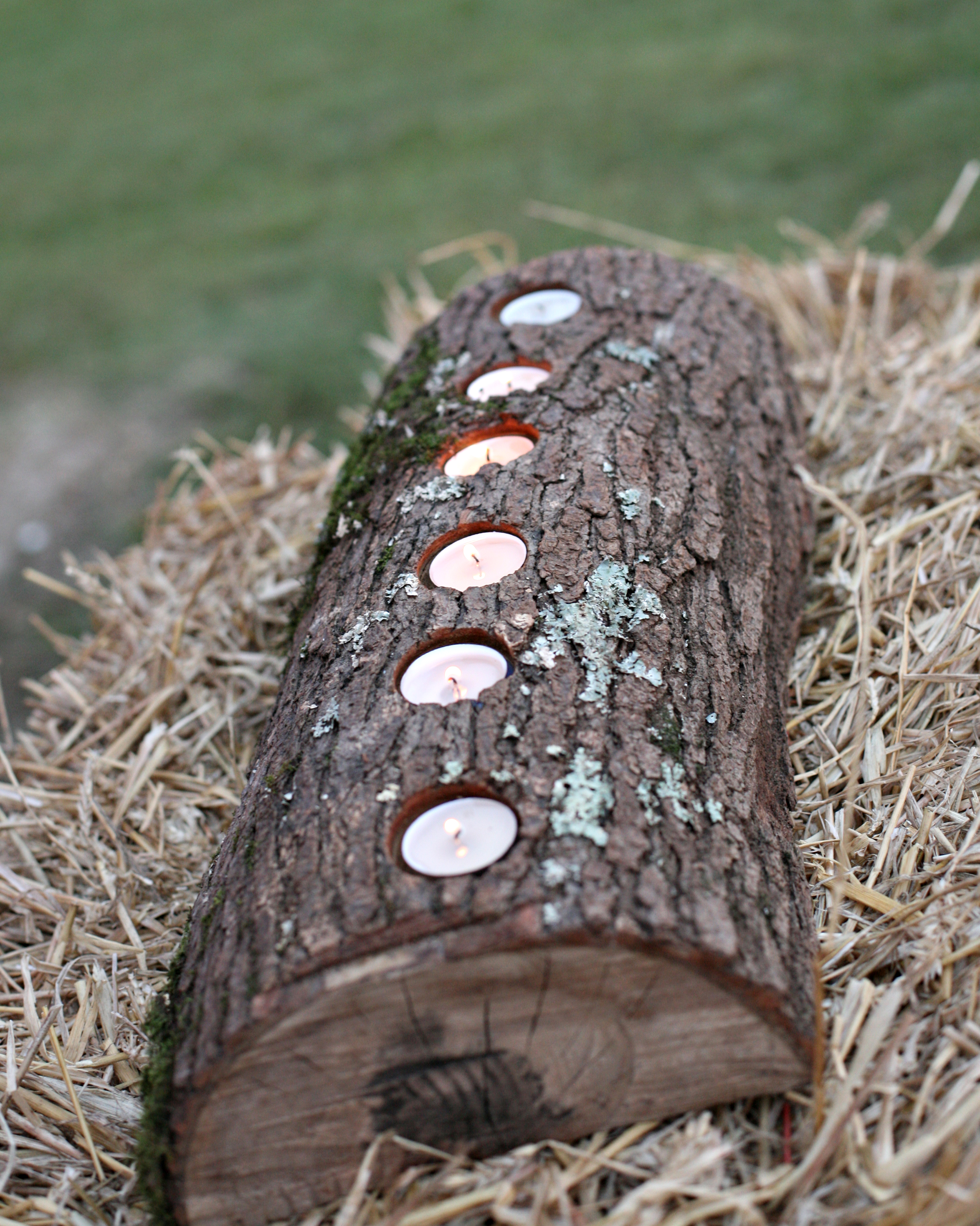 split log candle