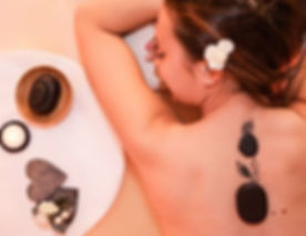 Estetica Beauty Gallery Campitello: massaggio hot stone