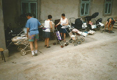 1998 - buggy's voor de jonge moeders.jpg