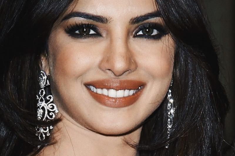Priyanka Chopra's 5 Beauty Secrets !