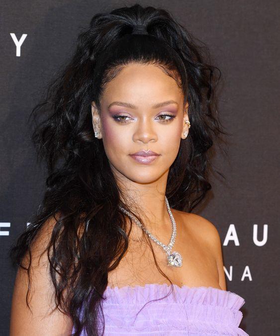 Rihanna high pony tail