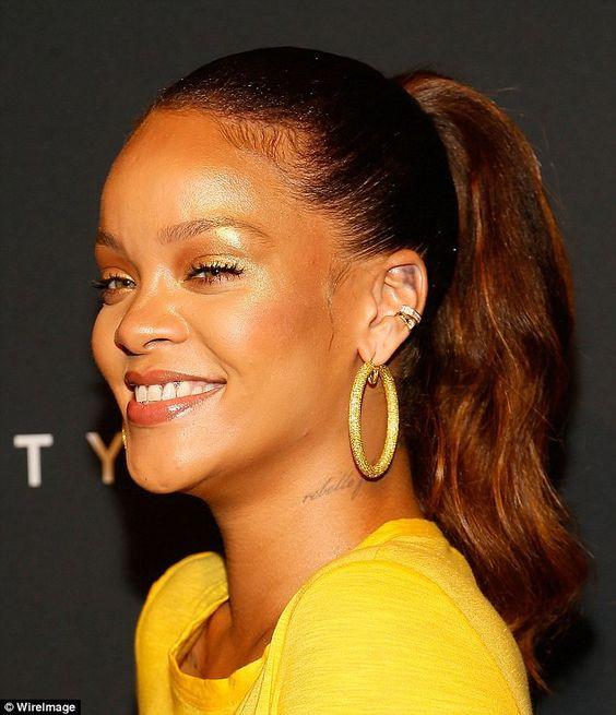 Rihanna accessory