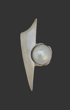 silver mabe brooch.jpg