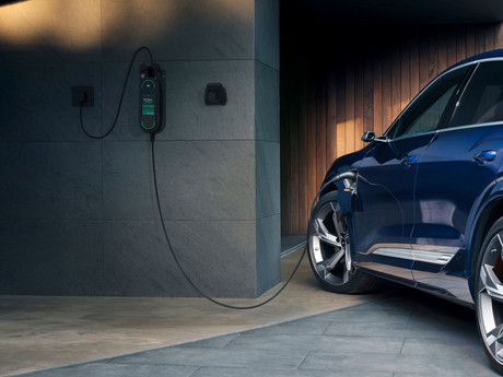Audi e-tron: How to prevent blackouts with grid-optimized charging