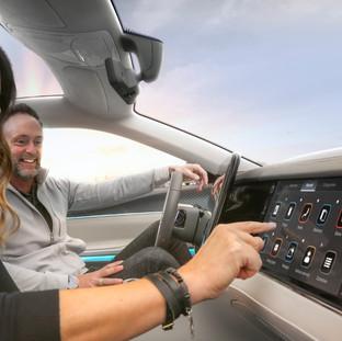 Stellantis e Foxconn svilupperanno rivoluzionari Digital Cockpits in una nuova JV - Mobile Drive