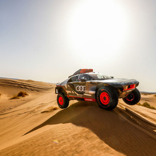 Audi RS Q e-tron - Extreme conditions during testing in the deserts of Morocco