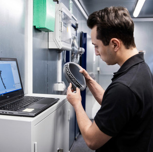 Mobile 3D printing centre for even greater customer proximity and fast availability of spare parts