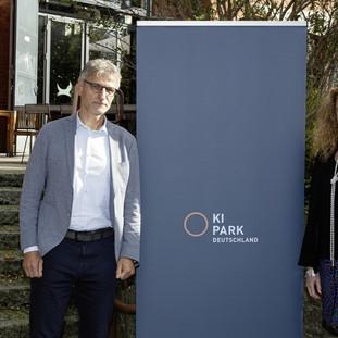 Schaeffler joins with eleven other partners to establish KI Park e.V. in Berlin